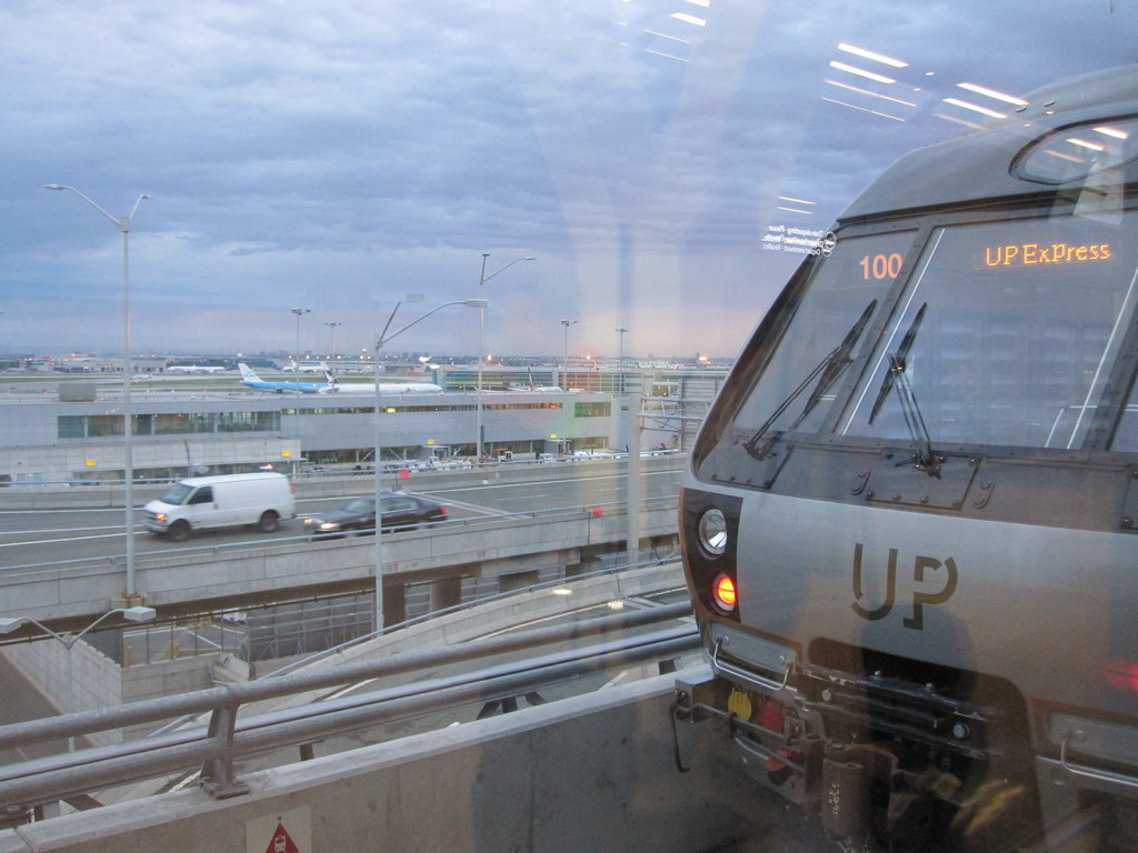 (173k, 1024x768)<br><b>Country:</b> Canada<br><b>City:</b> Toronto<br><b>System:</b> Union-Pearson Express<br><b>Photo by:</b> Collection of nycsubway.org <br><b>Date:</b> 6/8/2015<br><b>Notes:</b> End of a train in the airport station.<br><b>Viewed (this week/total):</b> 0 / 1054