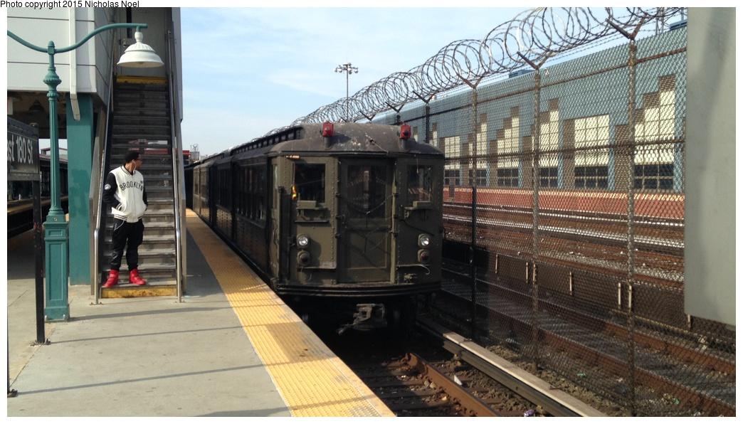 (262k, 1044x596)<br><b>Country:</b> United States<br><b>City:</b> New York<br><b>System:</b> New York City Transit<br><b>Line:</b> IRT White Plains Road Line<br><b>Location:</b> East 180th Street <br><b>Route:</b> Museum Train Service<br><b>Car:</b> Low-V (Museum Train) 5292 <br><b>Photo by:</b> Nicholas Noel<br><b>Date:</b> 4/6/2015<br><b>Viewed (this week/total):</b> 0 / 1095