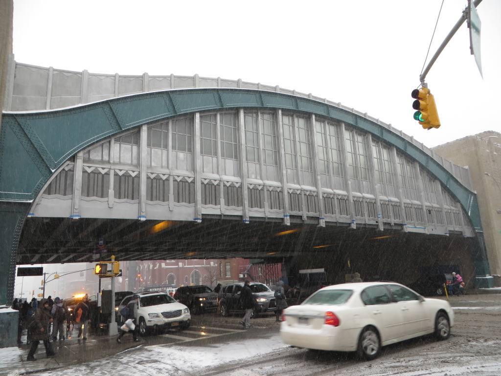 (115k, 1024x768)<br><b>Country:</b> United States<br><b>City:</b> New York<br><b>System:</b> New York City Transit<br><b>Line:</b> IND Crosstown Line<br><b>Location:</b> 4th Avenue <br><b>Photo by:</b> Robbie Rosenfeld<br><b>Date:</b> 1/26/2015<br><b>Notes:</b> View from street<br><b>Viewed (this week/total):</b> 0 / 1050