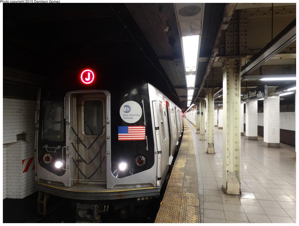 (309k, 1044x788)<br><b>Country:</b> United States<br><b>City:</b> New York<br><b>System:</b> New York City Transit<br><b>Line:</b> BMT Nassau Street/Jamaica Line<br><b>Location:</b> Canal Street <br><b>Route:</b> J<br><b>Car:</b> R-143 (Kawasaki, 2001-2002)  <br><b>Photo by:</b> Denilson Gomez<br><b>Date:</b> 9/3/2015<br><b>Viewed (this week/total):</b> 4 / 1349