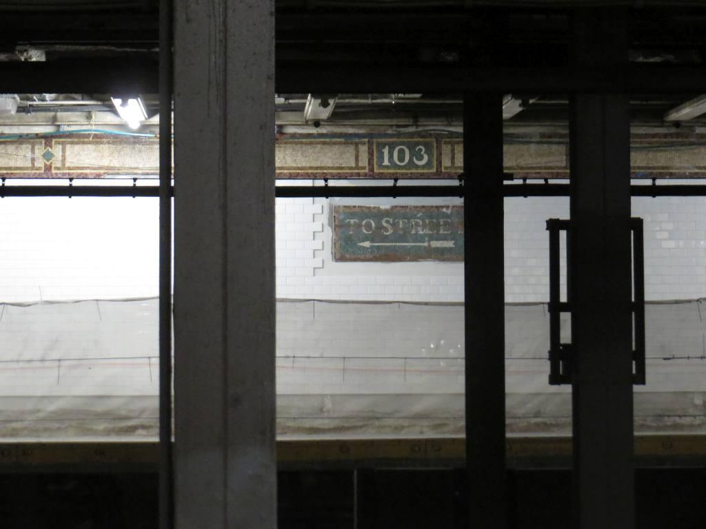 (73k, 1024x768)<br><b>Country:</b> United States<br><b>City:</b> New York<br><b>System:</b> New York City Transit<br><b>Line:</b> IRT East Side Line<br><b>Location:</b> 103rd Street <br><b>Photo by:</b> Robbie Rosenfeld<br><b>Date:</b> 7/16/2015<br><b>Viewed (this week/total):</b> 3 / 1016