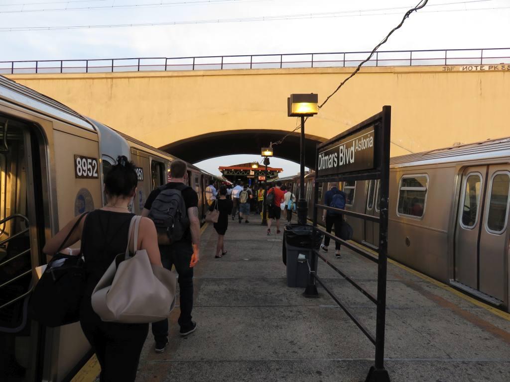 (112k, 1024x768)<br><b>Country:</b> United States<br><b>City:</b> New York<br><b>System:</b> New York City Transit<br><b>Line:</b> BMT Astoria Line<br><b>Location:</b> Ditmars Boulevard<br><b>Photo by:</b> Robbie Rosenfeld<br><b>Date:</b> 9/9/2015<br><b>Viewed (this week/total):</b> 0 / 1241