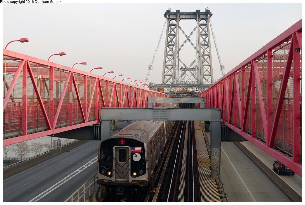(337k, 1044x703)<br><b>Country:</b> United States<br><b>City:</b> New York<br><b>System:</b> New York City Transit<br><b>Line:</b> BMT Nassau Street-Jamaica Line<br><b>Location:</b> Williamsburg Bridge<br><b>Route:</b> M<br><b>Car:</b> R-160A-1 (Alstom, 2005-2008, 4 car sets)  <br><b>Photo by:</b> Denilson Gomez<br><b>Date:</b> 12/13/2015<br><b>Viewed (this week/total):</b> 1 / 1358
