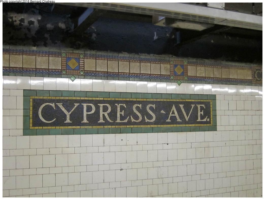 (267k, 1044x788)<br><b>Country:</b> United States<br><b>City:</b> New York<br><b>System:</b> New York City Transit<br><b>Line:</b> IRT Pelham Line<br><b>Location:</b> Cypress Avenue <br><b>Photo by:</b> Bernard Chatreau<br><b>Date:</b> 4/12/2011<br><b>Viewed (this week/total):</b> 0 / 523