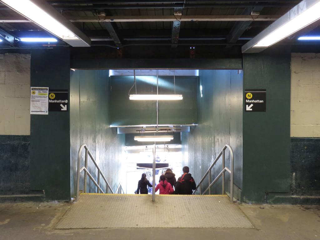 (96k, 1024x768)<br><b>Country:</b> United States<br><b>City:</b> New York<br><b>System:</b> New York City Transit<br><b>Line:</b> BMT Sea Beach Line<br><b>Location:</b> 8th Avenue <br><b>Photo by:</b> Robbie Rosenfeld<br><b>Date:</b> 2/18/2016<br><b>Notes:</b> Station renovations.<br><b>Viewed (this week/total):</b> 4 / 1057