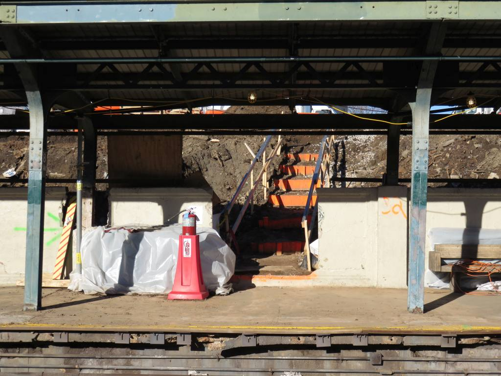 (139k, 1024x768)<br><b>Country:</b> United States<br><b>City:</b> New York<br><b>System:</b> New York City Transit<br><b>Line:</b> BMT Sea Beach Line<br><b>Location:</b> 8th Avenue <br><b>Photo by:</b> Robbie Rosenfeld<br><b>Date:</b> 2/18/2016<br><b>Notes:</b> Station renovations.<br><b>Viewed (this week/total):</b> 3 / 1014