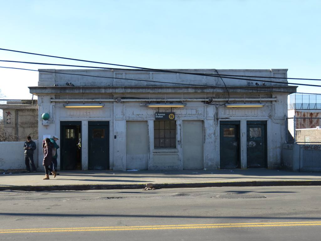 (95k, 1024x768)<br><b>Country:</b> United States<br><b>City:</b> New York<br><b>System:</b> New York City Transit<br><b>Line:</b> BMT Sea Beach Line<br><b>Location:</b> 8th Avenue <br><b>Photo by:</b> Robbie Rosenfeld<br><b>Date:</b> 2/18/2016<br><b>Notes:</b> Headhouse.<br><b>Viewed (this week/total):</b> 3 / 1063