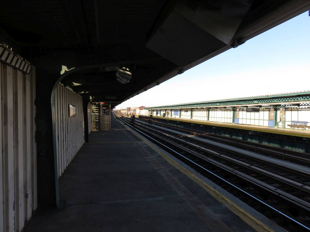(93k, 1024x768)<br><b>Country:</b> United States<br><b>City:</b> New York<br><b>System:</b> New York City Transit<br><b>Line:</b> BMT Culver Line<br><b>Location:</b> Avenue X<br><b>Photo by:</b> Robbie Rosenfeld<br><b>Date:</b> 2/14/2016<br><b>Notes:</b> Station view.<br><b>Viewed (this week/total):</b> 0 / 754