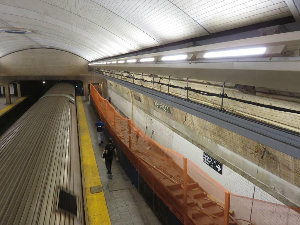 (115k, 1024x768)<br><b>Country:</b> United States<br><b>City:</b> New York<br><b>System:</b> New York City Transit<br><b>Line:</b> IRT West Side Line<br><b>Location:</b> 168th Street <br><b>Photo by:</b> Robbie Rosenfeld<br><b>Date:</b> 5/25/2016<br><b>Notes:</b> Scaffolding has been removed showing renovated ceiling<br><b>Viewed (this week/total):</b> 0 / 790