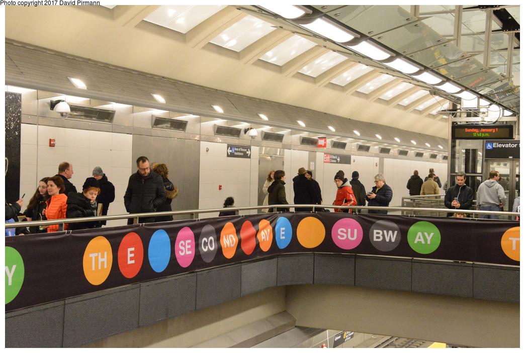 (298k, 1044x703)<br><b>Country:</b> United States<br><b>City:</b> New York<br><b>System:</b> New York City Transit<br><b>Line:</b> 2nd Avenue Subway<br><b>Location:</b> 86th Street<br><b>Photo by:</b> David Pirmann<br><b>Date:</b> 1/1/2017<br><b>Viewed (this week/total):</b> 1 / 672