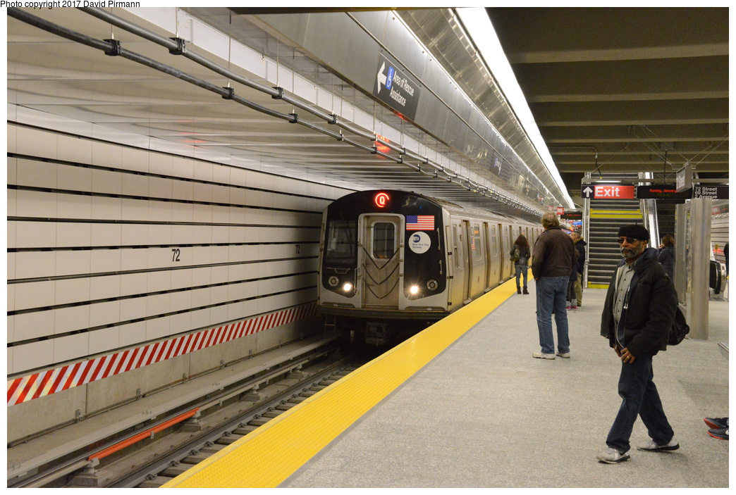 (315k, 1044x703)<br><b>Country:</b> United States<br><b>City:</b> New York<br><b>System:</b> New York City Transit<br><b>Line:</b> 2nd Avenue Subway<br><b>Location:</b> 72nd Street<br><b>Photo by:</b> David Pirmann<br><b>Date:</b> 1/1/2017<br><b>Viewed (this week/total):</b> 0 / 1043