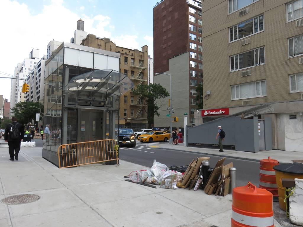 (122k, 1024x768)<br><b>Country:</b> United States<br><b>City:</b> New York<br><b>System:</b> New York City Transit<br><b>Line:</b> IND 63rd Street Line<br><b>Location:</b> Lexington Avenue-63rd Street<br><b>Photo by:</b> Robbie Rosenfeld<br><b>Date:</b> 6/6/2016<br><b>Notes:</b> New entrance at 3rd Avenue.<br><b>Viewed (this week/total):</b> 5 / 874