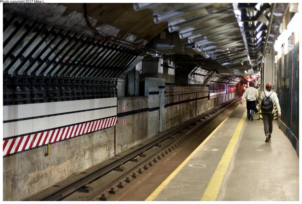 (385k, 1044x704)<br><b>Country:</b> United States<br><b>City:</b> New York<br><b>System:</b> New York City Transit<br><b>Line:</b> IND 63rd Street Line<br><b>Location:</b> Lexington Avenue-63rd Street<br><b>Photo by:</b> Mike L.<br><b>Date:</b> 11/4/2014<br><b>Notes:</b> Platform renovation for 2nd Ave Subway transfer.<br><b>Viewed (this week/total):</b> 2 / 1176