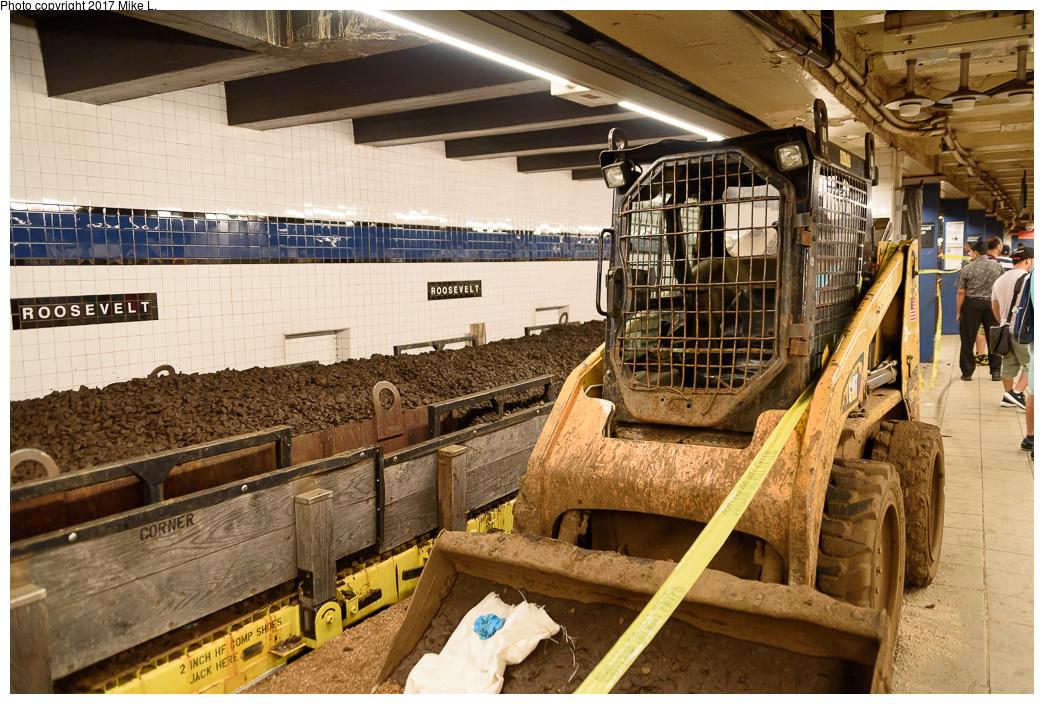 (484k, 1044x704)<br><b>Country:</b> United States<br><b>City:</b> New York<br><b>System:</b> New York City Transit<br><b>Line:</b> IND Queens Boulevard Line<br><b>Location:</b> Roosevelt Avenue <br><b>Photo by:</b> Mike L.<br><b>Date:</b> 8/1/2015<br><b>Notes:</b> Trackwork<br><b>Viewed (this week/total):</b> 1 / 911
