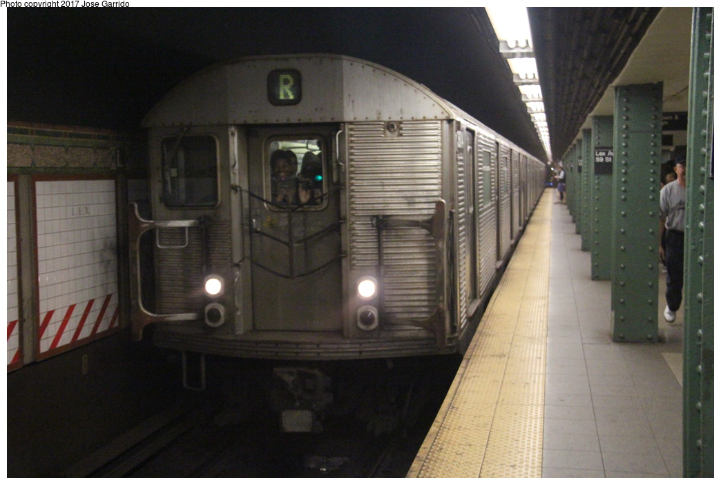 (271k, 1044x703)<br><b>Country:</b> United States<br><b>City:</b> New York<br><b>System:</b> New York City Transit<br><b>Line:</b> BMT Broadway Line<br><b>Location:</b> Lexington Avenue (59th Street) <br><b>Route:</b> R<br><b>Car:</b> R-32 (Budd, 1964)  3804 <br><b>Photo by:</b> Jose Garrido<br><b>Date:</b> 4/12/2014<br><b>Notes:</b> R-32 train (not normally assigned to R service) running for vibration tests in Brooklyn.<br><b>Viewed (this week/total):</b> 2 / 516