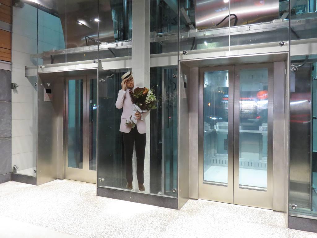 (102k, 1024x768)<br><b>Country:</b> United States<br><b>City:</b> New York<br><b>System:</b> New York City Transit<br><b>Line:</b> 2nd Avenue Subway<br><b>Location:</b> 72nd Street <br><b>Photo by:</b> Robbie Rosenfeld<br><b>Date:</b> 1/11/2017<br><b>Artwork:</b> <i>Perfect Strangers</i>, Vik Muniz (2016).<br><b>Viewed (this week/total):</b> 6 / 746