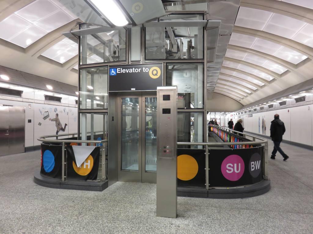 (131k, 1024x768)<br><b>Country:</b> United States<br><b>City:</b> New York<br><b>System:</b> New York City Transit<br><b>Line:</b> 2nd Avenue Subway<br><b>Location:</b> 72nd Street <br><b>Photo by:</b> Robbie Rosenfeld<br><b>Date:</b> 1/11/2017<br><b>Notes:</b> Elevators.<br><b>Viewed (this week/total):</b> 0 / 545