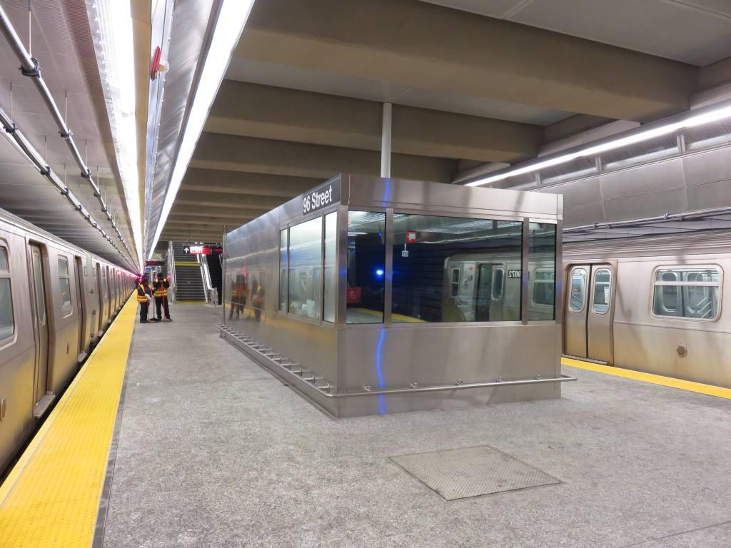 (117k, 1024x768)<br><b>Country:</b> United States<br><b>City:</b> New York<br><b>System:</b> New York City Transit<br><b>Line:</b> 2nd Avenue Subway<br><b>Location:</b> 96th Street <br><b>Photo by:</b> Robbie Rosenfeld<br><b>Date:</b> 1/11/2017<br><b>Notes:</b> Tower/dispatch room.<br><b>Viewed (this week/total):</b> 0 / 1009
