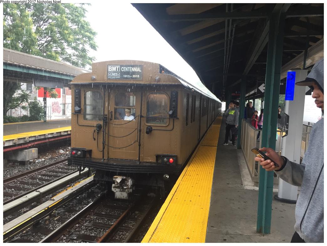 (324k, 1044x788)<br><b>Country:</b> United States<br><b>City:</b> New York<br><b>System:</b> New York City Transit<br><b>Line:</b> BMT Brighton Line<br><b>Location:</b> Kings Highway <br><b>Route:</b> Museum Train Service<br><b>Car:</b> BMT D-Type Triplex 6095 <br><b>Photo by:</b> Nicholas Noel<br><b>Date:</b> 6/17/2017<br><b>Viewed (this week/total):</b> 4 / 350