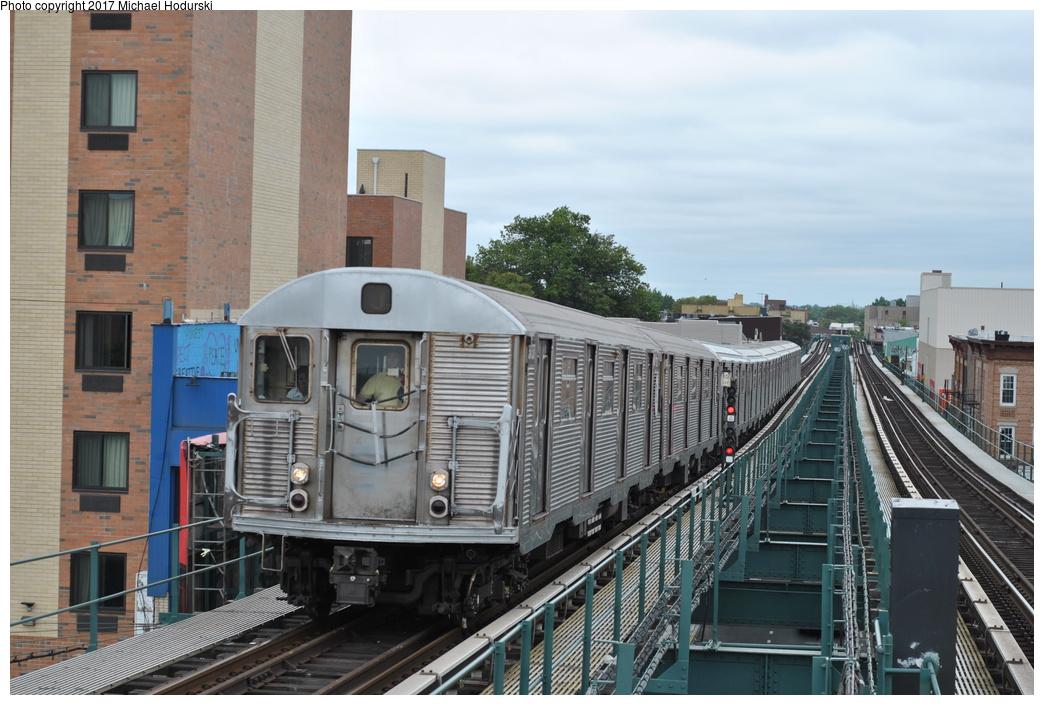 (294k, 1044x705)<br><b>Country:</b> United States<br><b>City:</b> New York<br><b>System:</b> New York City Transit<br><b>Line:</b> BMT Nassau Street/Jamaica Line<br><b>Location:</b> Alabama Avenue <br><b>Route:</b> J<br><b>Car:</b> R-32 (Budd, 1964)  3737 <br><b>Photo by:</b> Michael Hodurski<br><b>Date:</b> 7/25/2017<br><b>Viewed (this week/total):</b> 1 / 722