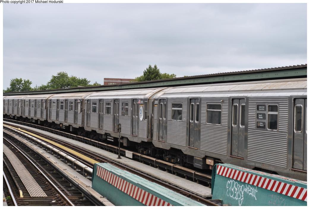 (277k, 1044x705)<br><b>Country:</b> United States<br><b>City:</b> New York<br><b>System:</b> New York City Transit<br><b>Line:</b> BMT Nassau Street/Jamaica Line<br><b>Location:</b> 111th Street <br><b>Route:</b> J<br><b>Car:</b> R-32 (Budd, 1964)  3819 <br><b>Photo by:</b> Michael Hodurski<br><b>Date:</b> 7/25/2017<br><b>Viewed (this week/total):</b> 0 / 509