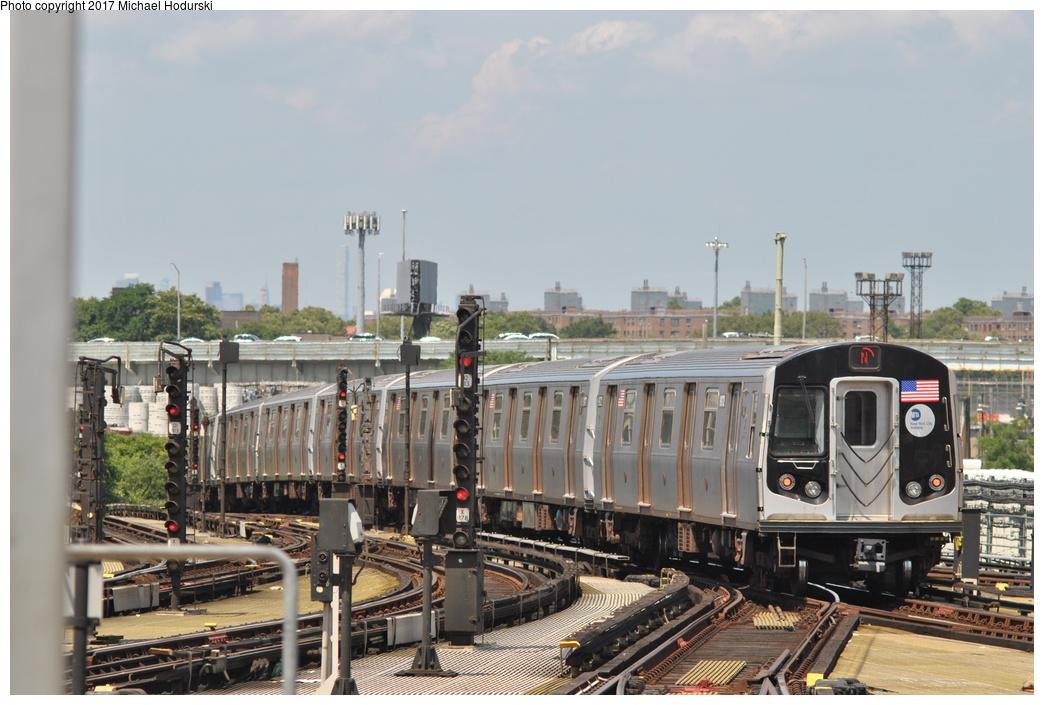 (334k, 1044x705)<br><b>Country:</b> United States<br><b>City:</b> New York<br><b>System:</b> New York City Transit<br><b>Location:</b> Coney Island/Stillwell Avenue<br><b>Route:</b> N<br><b>Car:</b> R-160B (Option 1) (Kawasaki, 2008-2009)  9172 <br><b>Photo by:</b> Michael Hodurski<br><b>Date:</b> 7/18/2017<br><b>Viewed (this week/total):</b> 1 / 698