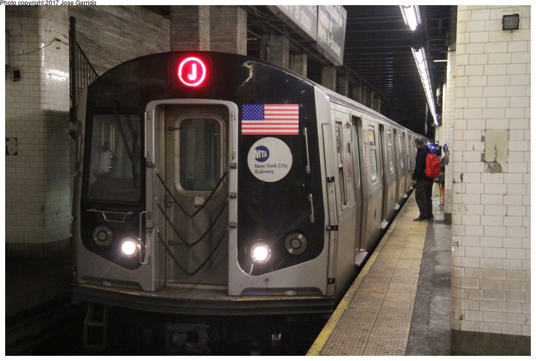 (271k, 1044x703)<br><b>Country:</b> United States<br><b>City:</b> New York<br><b>System:</b> New York City Transit<br><b>Line:</b> BMT Nassau Street/Jamaica Line<br><b>Location:</b> Chambers Street <br><b>Route:</b> J<br><b>Car:</b> R-143 (Kawasaki, 2001-2002) 8238 <br><b>Photo by:</b> Jose Garrido<br><b>Date:</b> 10/28/2016<br><b>Viewed (this week/total):</b> 1 / 653