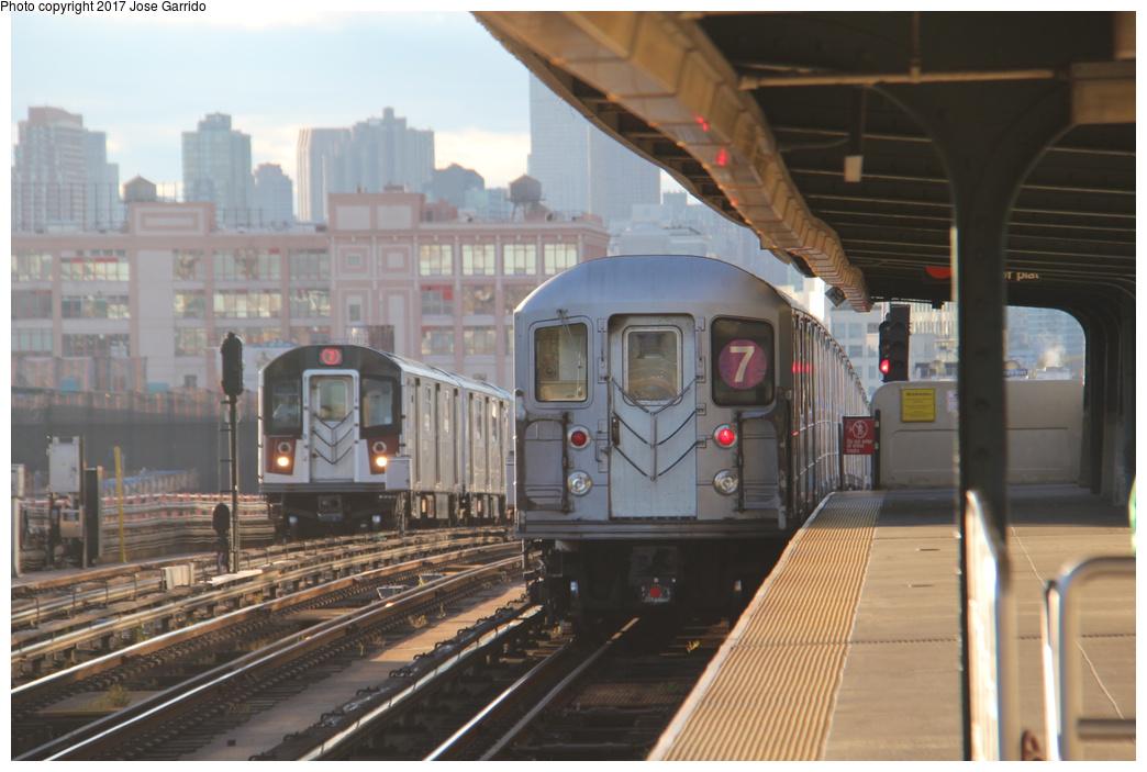 (271k, 1044x703)<br><b>Country:</b> United States<br><b>City:</b> New York<br><b>System:</b> New York City Transit<br><b>Line:</b> IRT Flushing Line<br><b>Location:</b> 46th Street/Bliss Street <br><b>Route:</b> 7<br><b>Car:</b> R-62 (Kawasaki, 1983-1985)  2075 <br><b>Photo by:</b> Jose Garrido<br><b>Date:</b> 10/28/2016<br><b>Viewed (this week/total):</b> 0 / 614