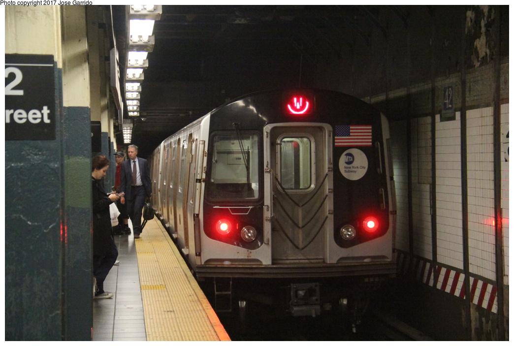 (267k, 1044x703)<br><b>Country:</b> United States<br><b>City:</b> New York<br><b>System:</b> New York City Transit<br><b>Line:</b> BMT Broadway Line<br><b>Location:</b> Times Square/42nd Street <br><b>Route:</b> W<br><b>Car:</b> R-160B (Option 1) (Kawasaki, 2008-2009)  9192 <br><b>Photo by:</b> Jose Garrido<br><b>Date:</b> 11/8/2016<br><b>Viewed (this week/total):</b> 3 / 731