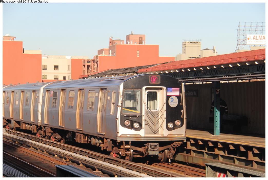(302k, 1044x703)<br><b>Country:</b> United States<br><b>City:</b> New York<br><b>System:</b> New York City Transit<br><b>Line:</b> BMT Astoria Line<br><b>Location:</b> 39th/Beebe Aves. <br><b>Route:</b> N<br><b>Car:</b> R-160B (Kawasaki, 2005-2008)  8823 <br><b>Photo by:</b> Jose Garrido<br><b>Date:</b> 11/8/2016<br><b>Viewed (this week/total):</b> 1 / 478