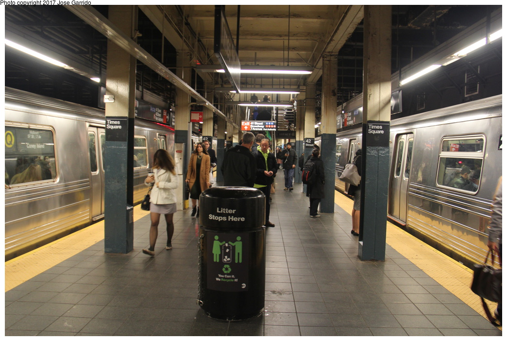 (315k, 1044x703)<br><b>Country:</b> United States<br><b>City:</b> New York<br><b>System:</b> New York City Transit<br><b>Line:</b> BMT Broadway Line<br><b>Location:</b> Times Square/42nd Street <br><b>Photo by:</b> Jose Garrido<br><b>Date:</b> 11/10/2016<br><b>Notes:</b> R68A #5103 and R68 #2769<br><b>Viewed (this week/total):</b> 1 / 879