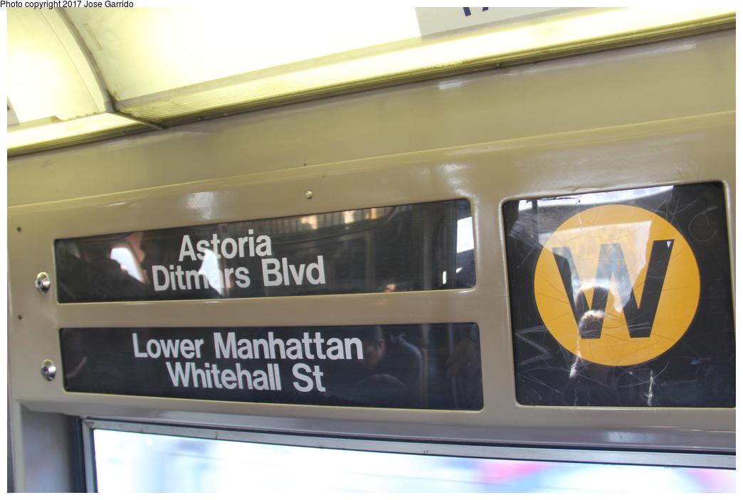(212k, 1044x703)<br><b>Country:</b> United States<br><b>City:</b> New York<br><b>System:</b> New York City Transit<br><b>Route:</b> W<br><b>Car:</b> R-68 (Westinghouse-Amrail, 1986-1988)  2826 <br><b>Photo by:</b> Jose Garrido<br><b>Date:</b> 11/17/2016<br><b>Viewed (this week/total):</b> 0 / 604