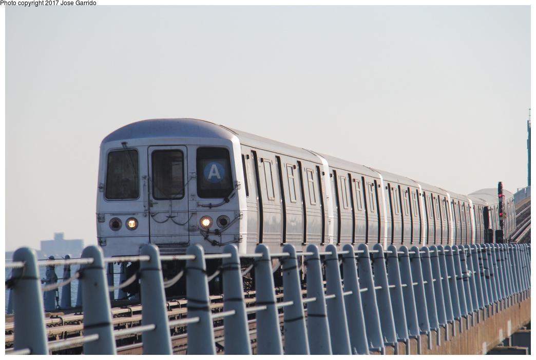 (218k, 1044x703)<br><b>Country:</b> United States<br><b>City:</b> New York<br><b>System:</b> New York City Transit<br><b>Line:</b> IND Rockaway<br><b>Location:</b> Howard Beach <br><b>Route:</b> A<br><b>Car:</b> R-46 (Pullman-Standard, 1974-75) 5848 <br><b>Photo by:</b> Jose Garrido<br><b>Date:</b> 11/17/2016<br><b>Viewed (this week/total):</b> 1 / 569