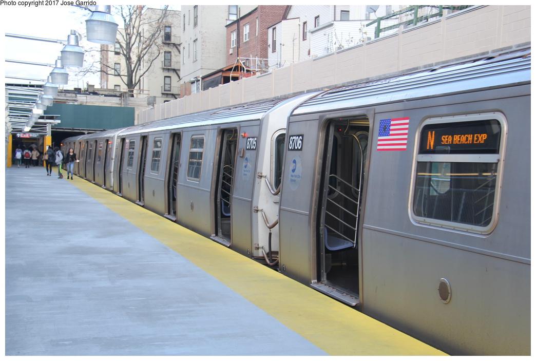 (280k, 1044x703)<br><b>Country:</b> United States<br><b>City:</b> New York<br><b>System:</b> New York City Transit<br><b>Line:</b> BMT Sea Beach Line<br><b>Location:</b> Bay Parkway (22nd Avenue) <br><b>Route:</b> N<br><b>Car:</b> R-160A-2 (Alstom, 2005-2008, 5 car sets)  8705 <br><b>Photo by:</b> Jose Garrido<br><b>Date:</b> 12/2/2016<br><b>Viewed (this week/total):</b> 1 / 642