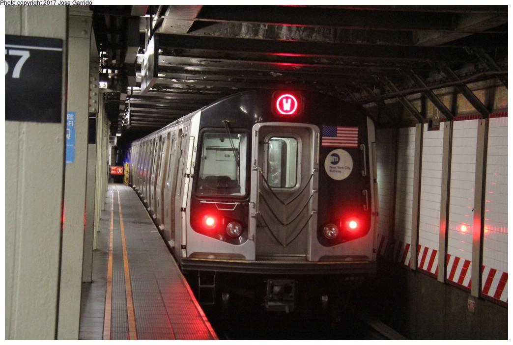(272k, 1044x703)<br><b>Country:</b> United States<br><b>City:</b> New York<br><b>System:</b> New York City Transit<br><b>Line:</b> BMT Broadway Line<br><b>Location:</b> 57th Street <br><b>Route:</b> W<br><b>Car:</b> R-160B (Option 1) (Kawasaki, 2008-2009)  9097 <br><b>Photo by:</b> Jose Garrido<br><b>Date:</b> 12/2/2016<br><b>Viewed (this week/total):</b> 3 / 674
