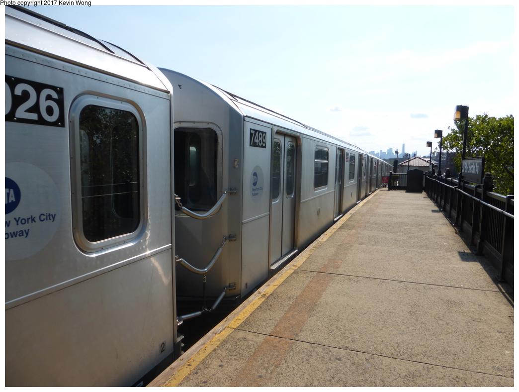 (292k, 1044x788)<br><b>Country:</b> United States<br><b>City:</b> New York<br><b>System:</b> New York City Transit<br><b>Line:</b> IRT Flushing Line<br><b>Location:</b> 52nd Street/Lincoln Avenue <br><b>Route:</b> 7<br><b>Car:</b> R-188 (R-142A Conversion, Kawasaki, 1999-2002) 7489 <br><b>Photo by:</b> Kevin Wong<br><b>Date:</b> 8/19/2017<br><b>Viewed (this week/total):</b> 2 / 571