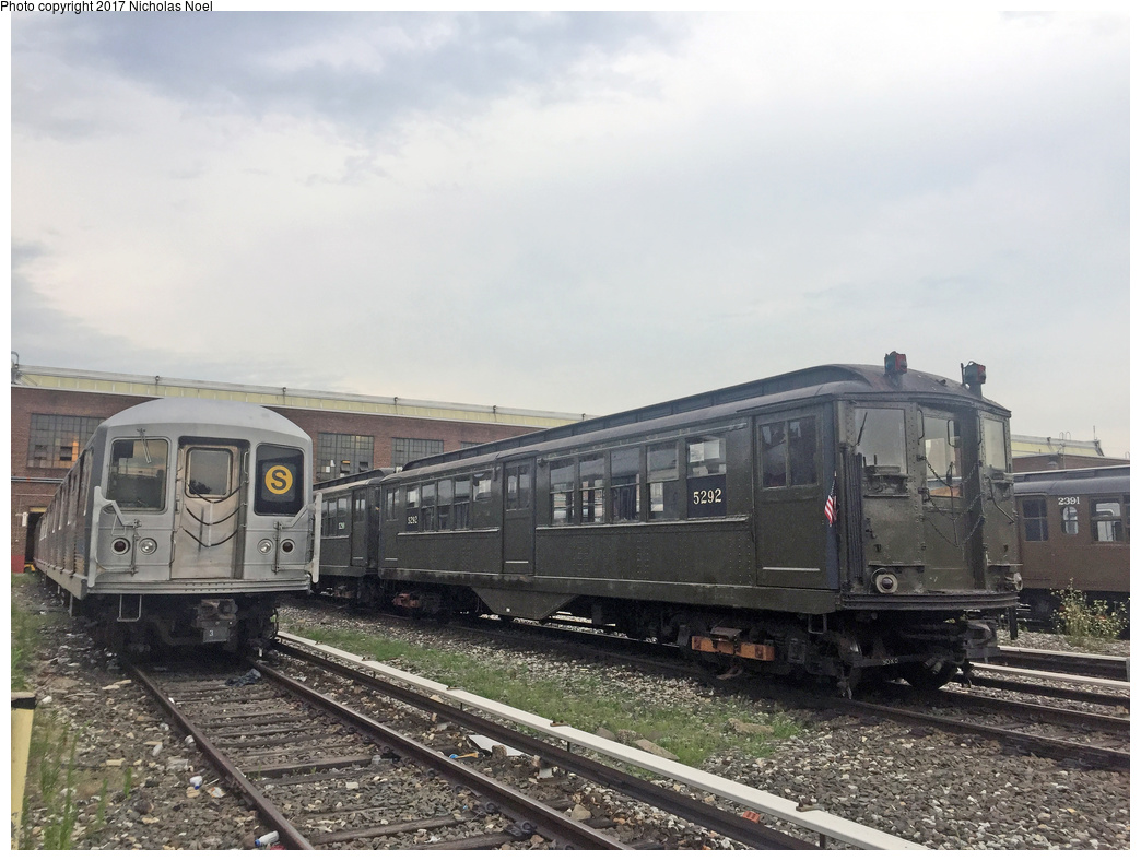 (332k, 1044x788)<br><b>Country:</b> United States<br><b>City:</b> New York<br><b>System:</b> New York City Transit<br><b>Location:</b> 207th Street Yard<br><b>Car:</b> Low-V (Museum Train) 5292 <br><b>Photo by:</b> Nicholas Noel<br><b>Date:</b> 7/20/2017<br><b>Notes:</b> With R-42 4572<br><b>Viewed (this week/total):</b> 0 / 884