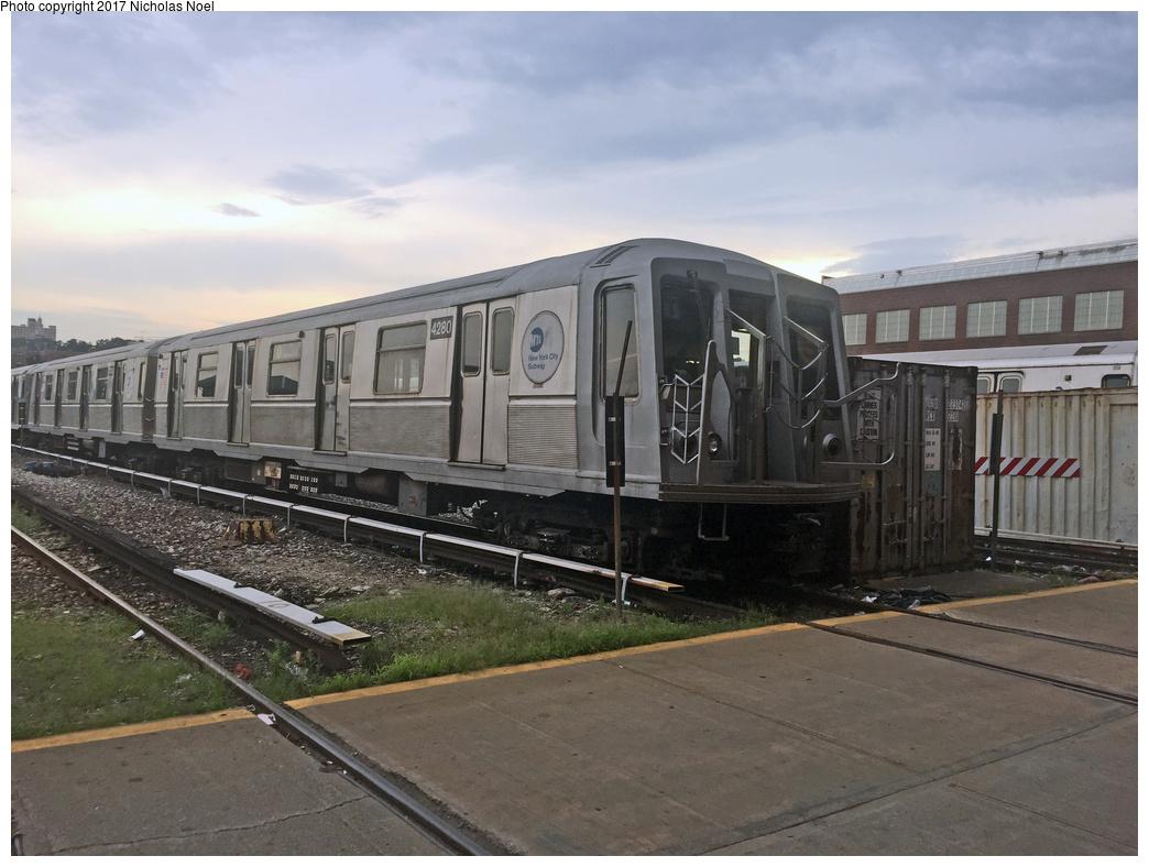(324k, 1044x788)<br><b>Country:</b> United States<br><b>City:</b> New York<br><b>System:</b> New York City Transit<br><b>Location:</b> 207th Street Yard<br><b>Car:</b> R-40 (St. Louis, 1968)  4280 <br><b>Photo by:</b> Nicholas Noel<br><b>Date:</b> 7/20/2017<br><b>Viewed (this week/total):</b> 3 / 898