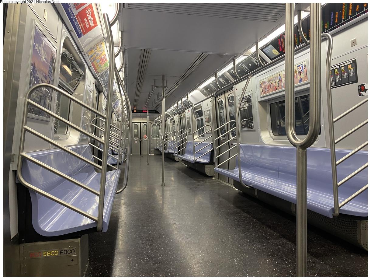 (107k, 1024x768)<br><b>Country:</b> United States<br><b>City:</b> New York<br><b>System:</b> New York City Transit<br><b>Line:</b> BMT Nassau Street-Jamaica Line<br><b>Location:</b> 121st Street<br><b>Photo by:</b> Robbie Rosenfeld<br><b>Date:</b> 2/27/2017<br><b>Viewed (this week/total):</b> 0 / 727