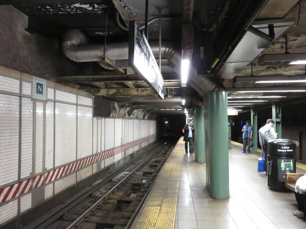 (120k, 1024x768)<br><b>Country:</b> United States<br><b>City:</b> New York<br><b>System:</b> New York City Transit<br><b>Line:</b> IRT Brooklyn Line<br><b>Location:</b> Nevins Street<br><b>Photo by:</b> Robbie Rosenfeld<br><b>Date:</b> 6/6/2017<br><b>Viewed (this week/total):</b> 0 / 922