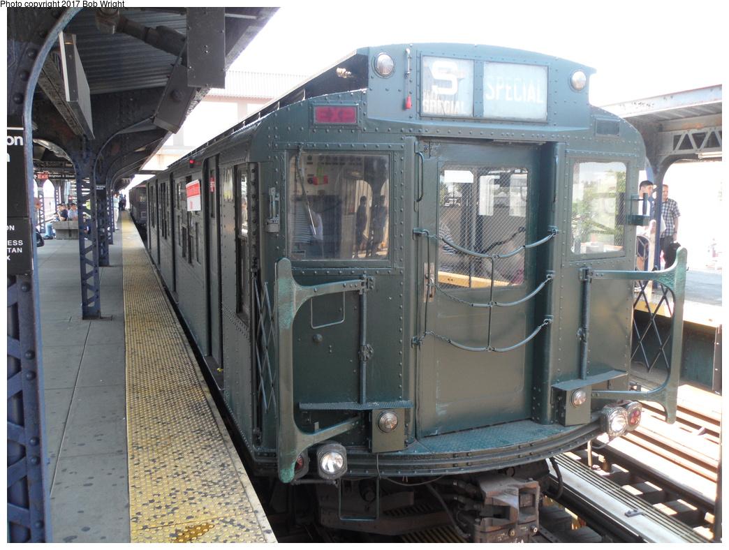 (355k, 1044x788)<br><b>Country:</b> United States<br><b>City:</b> New York<br><b>System:</b> New York City Transit<br><b>Line:</b> BMT Brighton Line<br><b>Location:</b> Brighton Beach <br><b>Route:</b> Museum Train Service<br><b>Car:</b> R-4 (American Car & Foundry, 1932-1933) 401 <br><b>Photo by:</b> Bob Wright<br><b>Date:</b> 6/25/2016<br><b>Viewed (this week/total):</b> 3 / 455