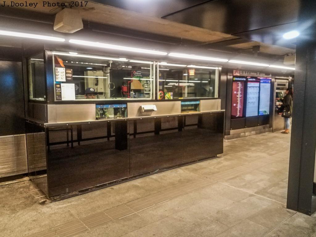 (263k, 1024x768)<br><b>Country:</b> United States<br><b>City:</b> New York<br><b>System:</b> New York City Transit<br><b>Line:</b> BMT 4th Avenue<br><b>Location:</b> 53rd Street <br><b>Photo by:</b> John Dooley<br><b>Date:</b> 9/11/2017<br><b>Notes:</b> Modernized station renovations.<br><b>Viewed (this week/total):</b> 1 / 707