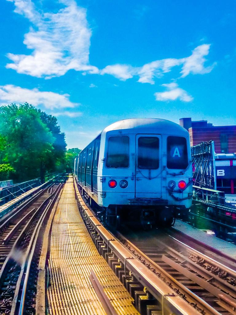 (478k, 768x1024)<br><b>Country:</b> United States<br><b>City:</b> New York<br><b>System:</b> New York City Transit<br><b>Line:</b> IND Fulton Street Line<br><b>Location:</b> Rockaway Boulevard <br><b>Route:</b> A<br><b>Car:</b> R-46 (Pullman-Standard, 1974-75)  <br><b>Photo by:</b> John Dooley<br><b>Date:</b> 6/1/2017<br><b>Viewed (this week/total):</b> 1 / 656