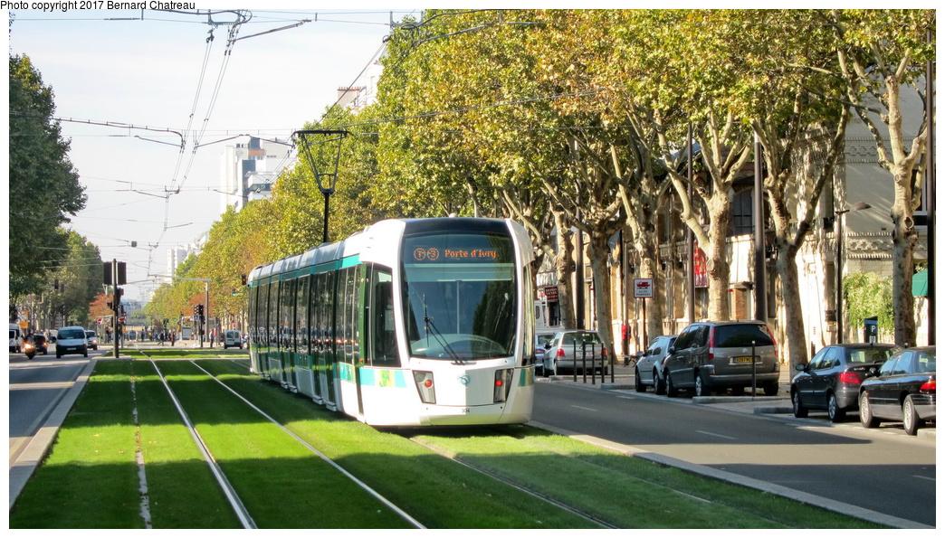 (361k, 1044x595)<br><b>Country:</b> France<br><b>City:</b> Paris<br><b>System:</b> RATP (Régie Autonome des Transports Parisiens)<br><b>Line:</b> Tram T3A<br><b>Location:</b> Between Porte d'Orléans and Jean Moulin<br><b>Car:</b> Citadis Low-Floor Type 402 (Alstom, 2006) 304 <br><b>Photo by:</b> Bernard Chatreau<br><b>Date:</b> 10/18/2010<br><b>Viewed (this week/total):</b> 0 / 103