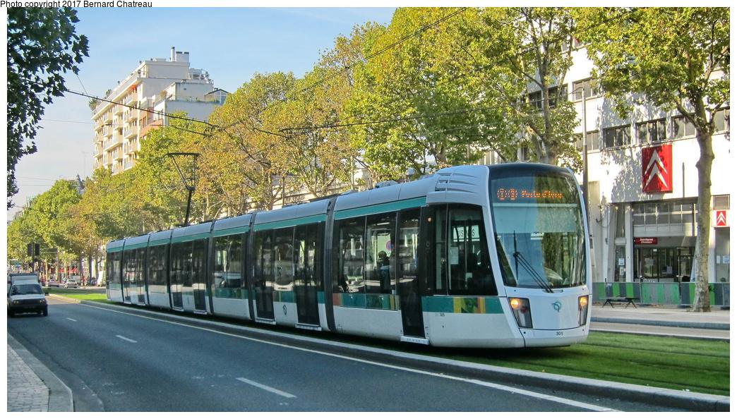 (365k, 1044x594)<br><b>Country:</b> France<br><b>City:</b> Paris<br><b>System:</b> RATP (Régie Autonome des Transports Parisiens)<br><b>Line:</b> Tram T3A<br><b>Location:</b> Between Montsouris and Porte d'Orléans<br><b>Car:</b> Citadis Low-Floor Type 402 (Alstom, 2006) 305 <br><b>Photo by:</b> Bernard Chatreau<br><b>Date:</b> 10/18/2010<br><b>Viewed (this week/total):</b> 0 / 70