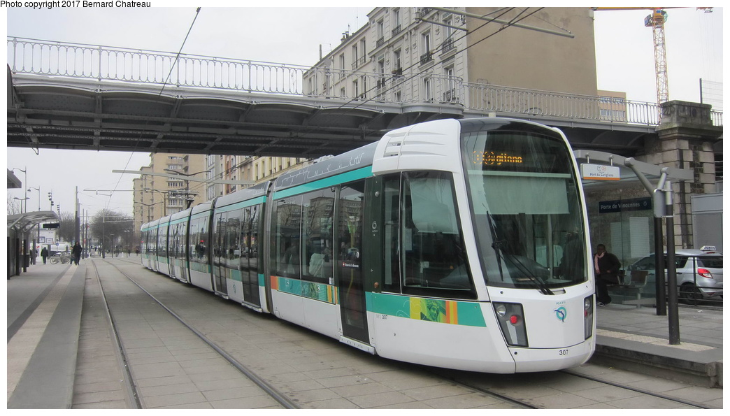 (242k, 1044x595)<br><b>Country:</b> France<br><b>City:</b> Paris<br><b>System:</b> RATP (Régie Autonome des Transports Parisiens)<br><b>Line:</b> Tram T3A <br><b>Location:</b> Porte de Vincennes <br><b>Car:</b> Citadis Low-Floor Type 402 (Alstom, 2006)  307 <br><b>Photo by:</b> Bernard Chatreau<br><b>Date:</b> 3/26/2013<br><b>Viewed (this week/total):</b> 0 / 71