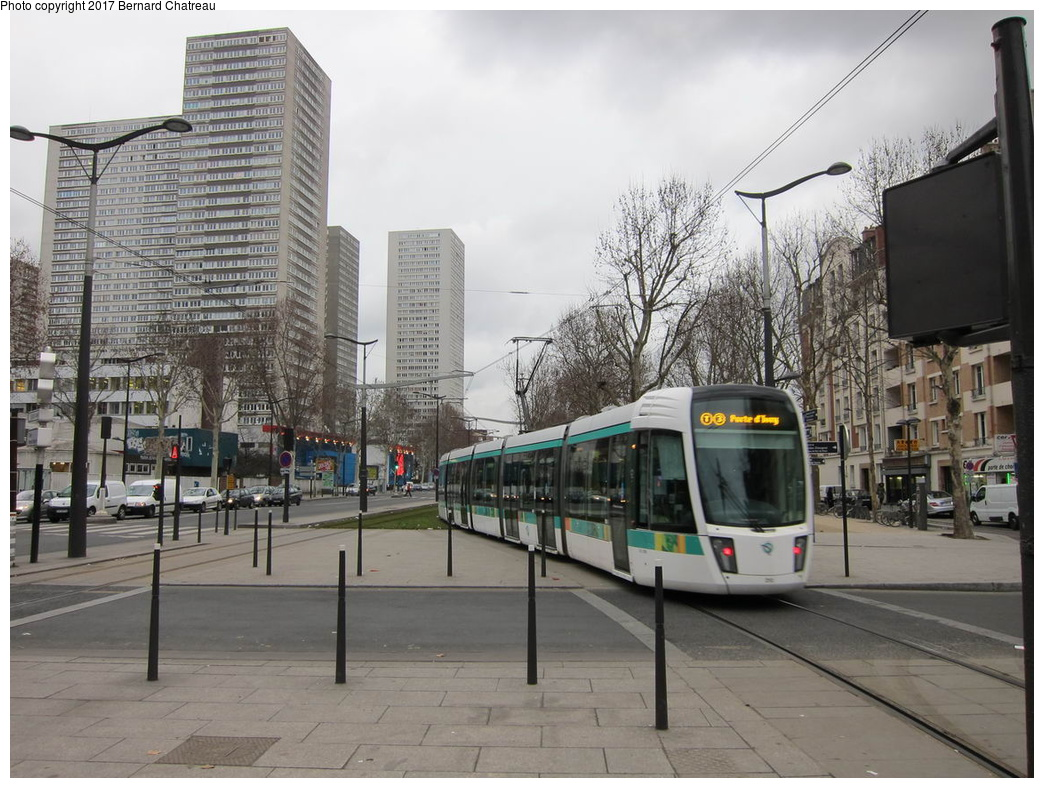 (321k, 1044x788)<br><b>Country:</b> France<br><b>City:</b> Paris<br><b>System:</b> RATP (Régie Autonome des Transports Parisiens)<br><b>Line:</b> Tram T3A<br><b>Location:</b> Porte de Choisy<br><b>Car:</b> Citadis Low-Floor Type 402 (Alstom, 2006) 310 <br><b>Photo by:</b> Bernard Chatreau<br><b>Date:</b> 1/28/2010<br><b>Viewed (this week/total):</b> 0 / 92