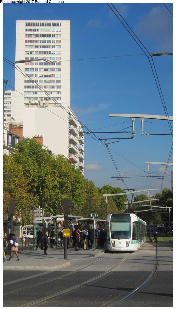 (232k, 595x1045)<br><b>Country:</b> France<br><b>City:</b> Paris<br><b>System:</b> RATP (Régie Autonome des Transports Parisiens)<br><b>Line:</b> Tram T3A<br><b>Location:</b> Porte d'Italie<br><b>Car:</b> Citadis Low-Floor Type 402 (Alstom, 2006) 311 <br><b>Photo by:</b> Bernard Chatreau<br><b>Date:</b> 10/18/2010<br><b>Viewed (this week/total):</b> 1 / 37