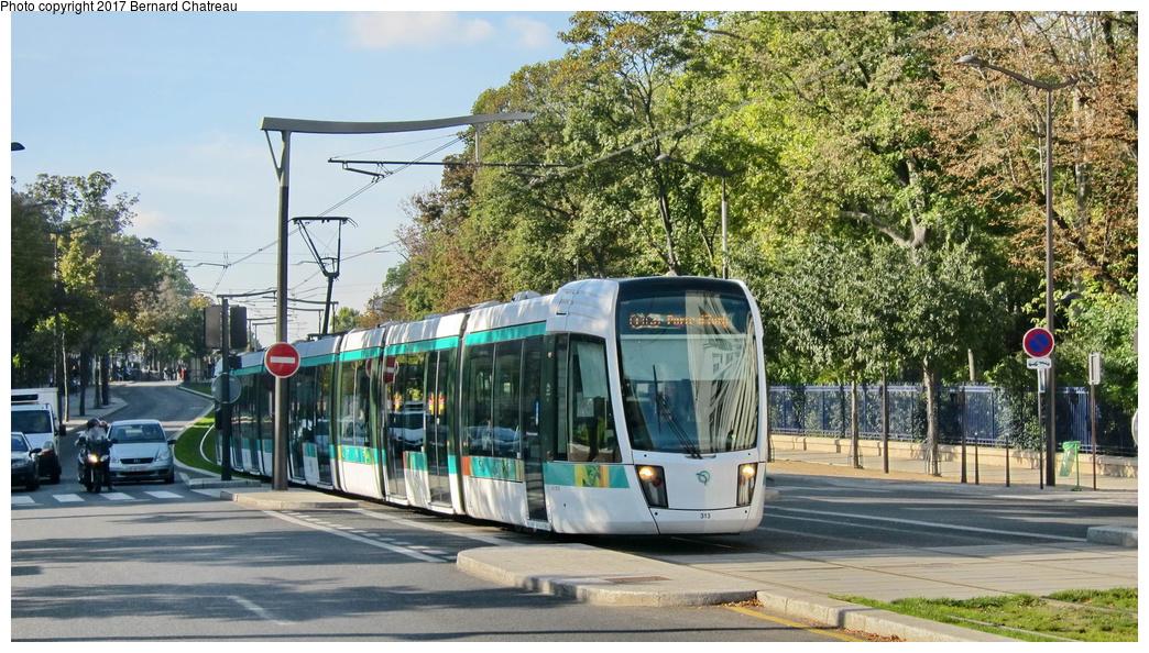 (357k, 1044x594)<br><b>Country:</b> France<br><b>City:</b> Paris<br><b>System:</b> RATP (Régie Autonome des Transports Parisiens)<br><b>Line:</b> Tram T3A<br><b>Location:</b> Between Stade Charléty/Porte de Gentilly and Cité Universitaire<br><b>Car:</b> Citadis Low-Floor Type 402 (Alstom, 2006) 313 <br><b>Photo by:</b> Bernard Chatreau<br><b>Date:</b> 10/18/2010<br><b>Viewed (this week/total):</b> 0 / 81