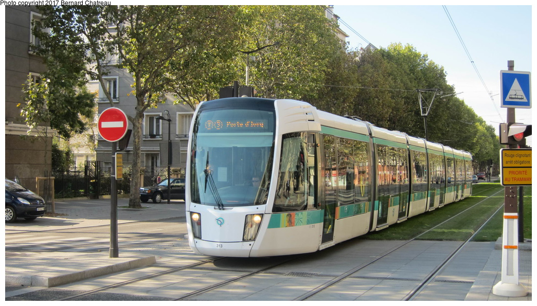 (318k, 1044x595)<br><b>Country:</b> France<br><b>City:</b> Paris<br><b>System:</b> RATP (Régie Autonome des Transports Parisiens)<br><b>Line:</b> Tram T3A<br><b>Location:</b> Jean Moulin<br><b>Car:</b> Citadis Low-Floor Type 402 (Alstom, 2006) 313 <br><b>Photo by:</b> Bernard Chatreau<br><b>Date:</b> 10/18/2010<br><b>Viewed (this week/total):</b> 0 / 95